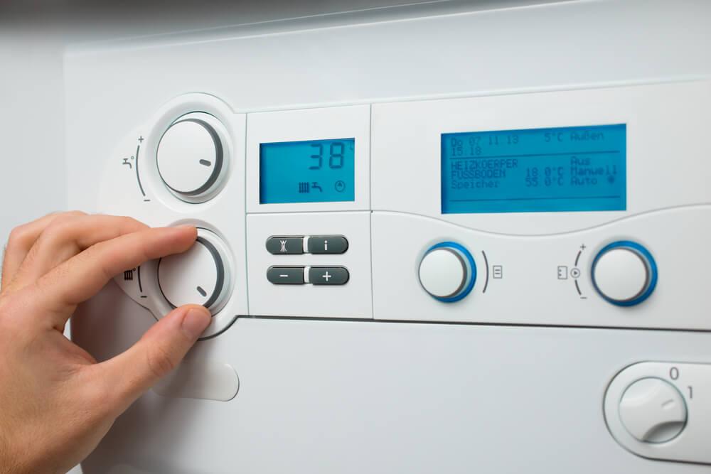 contrôler la température de votre pompe à chaleur aérothermique
