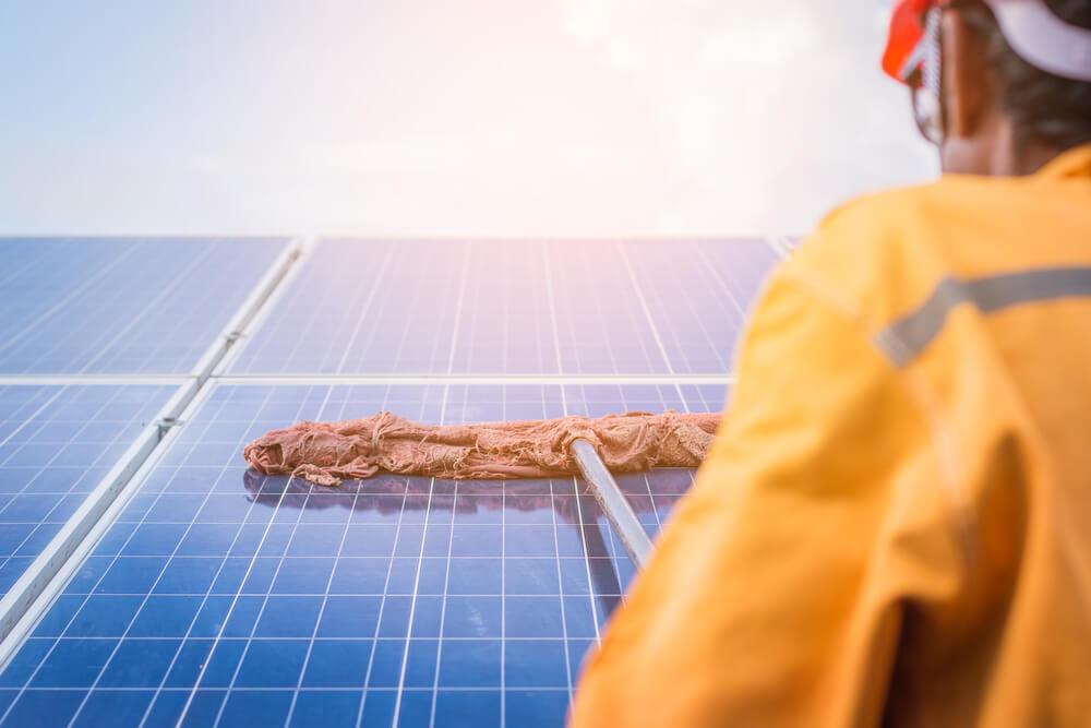 entretien des panneaux photovoltaïques